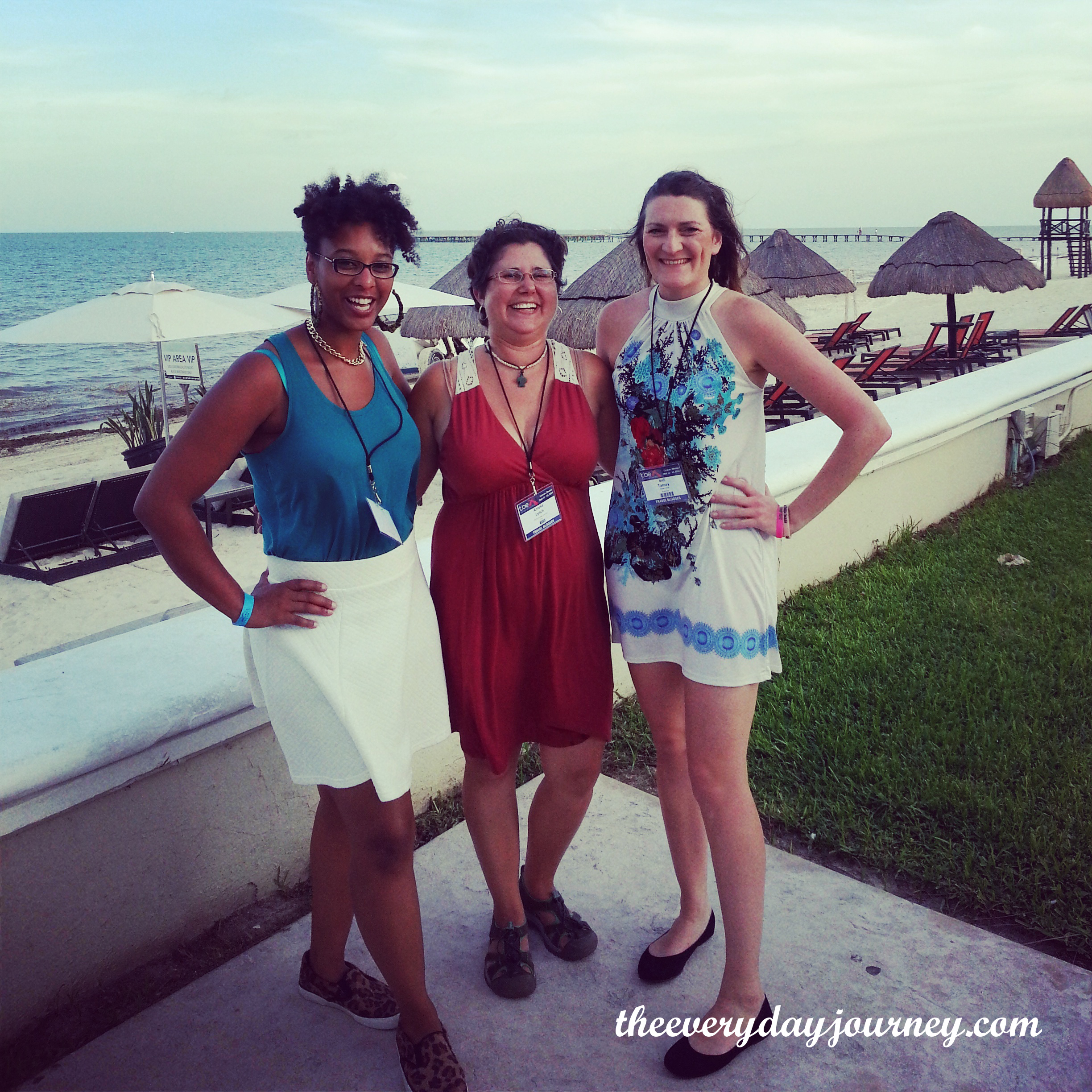 Bloggers after hours: Gypsy Jaunt, me and Indiana June.
